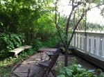 Vandrarhem i Karlstad - Avstressande sittplats i trädgården - Villa gräsdalen